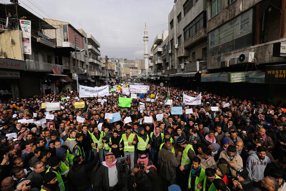 Le proteste ad Amman, in Giordania, il 16 gennaio. - Muhammad Hamed, Reuters/Contrasto
