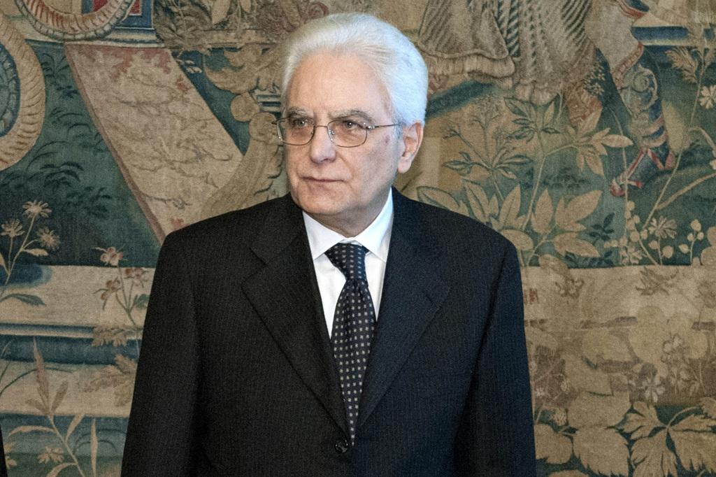 Il presidente sergio mattarella dopo l elezione for Decreto presidente della repubblica