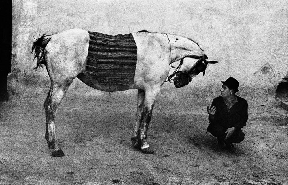 Romania, 1968. - (Josef Koudelka, Magnum/Contrasto)
