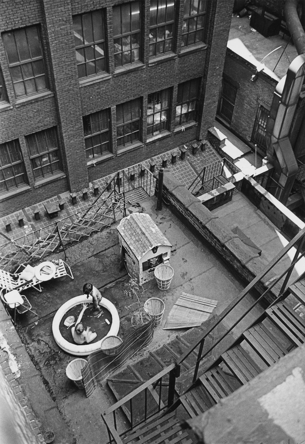 New York, il 25 giugno 1965. - (André Kertész)