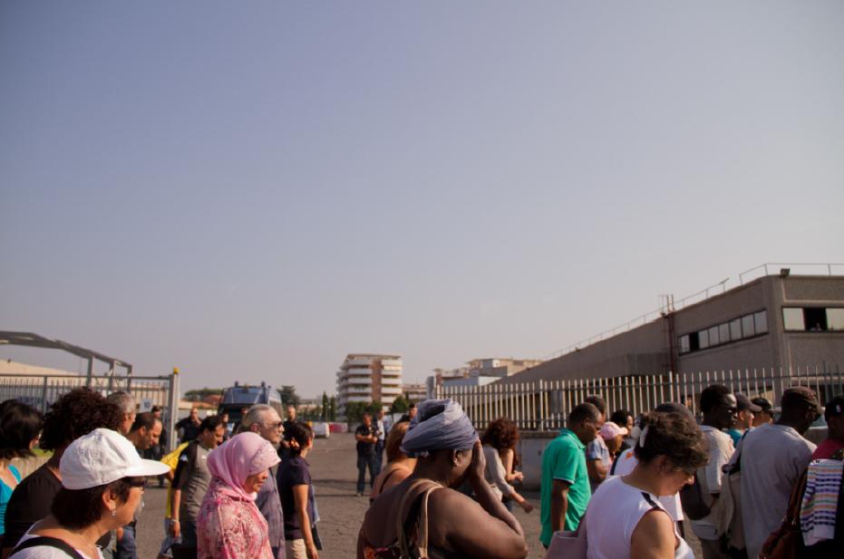 La protesta dei facchini in via di Salone, l'8 giugno 2015 a Roma. - Carolina Lalli