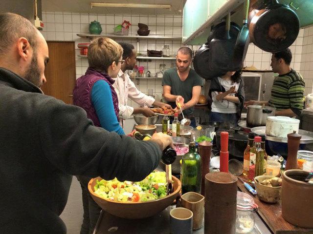 L'esperimento danese per fare sentire i rifugiati a casa
