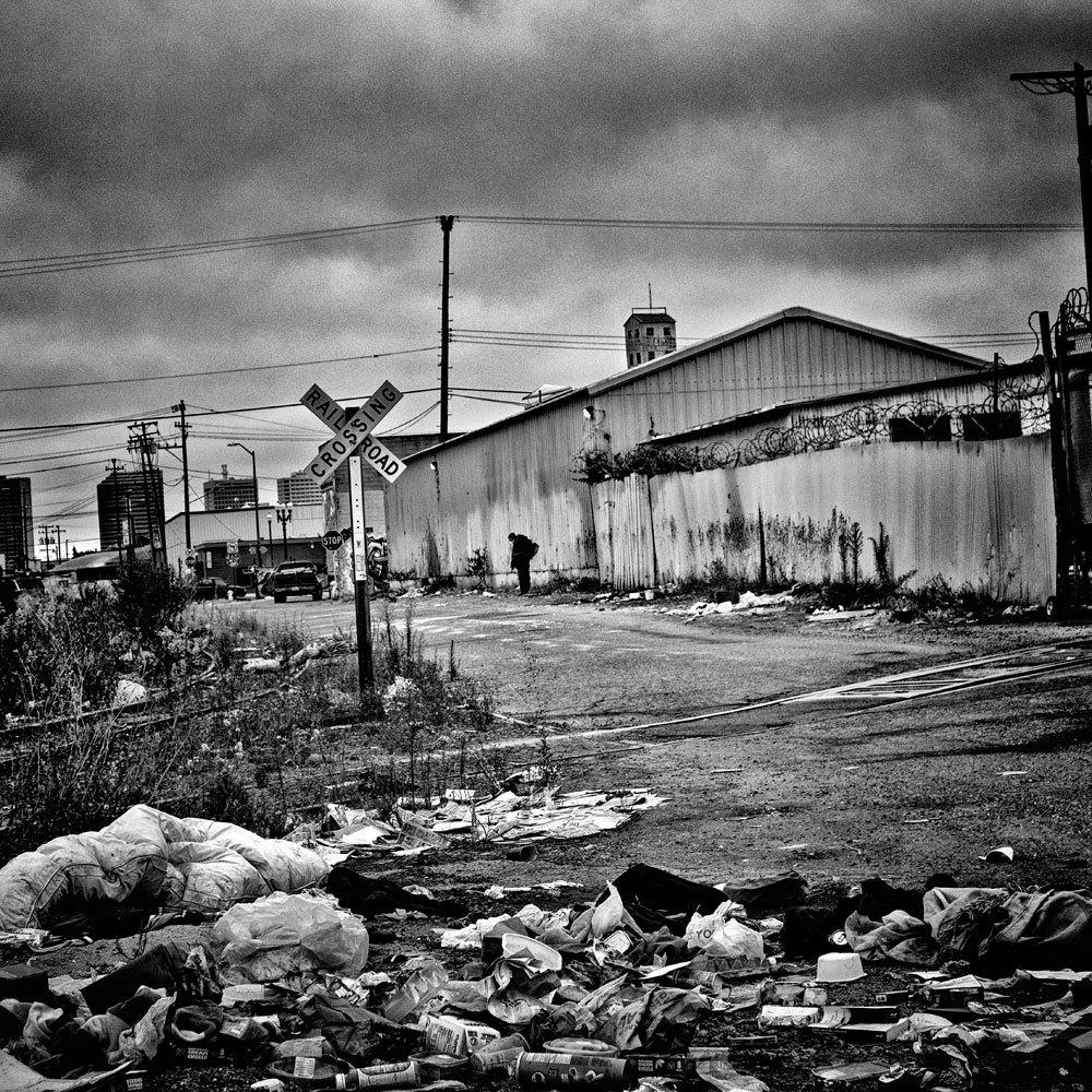 Oakland, California, 2015. La popolazione è di 390.724 abitanti e il 20,5 per cento vive sotto la soglia di povertà. - (Matt Black, Magnum/Contrasto)