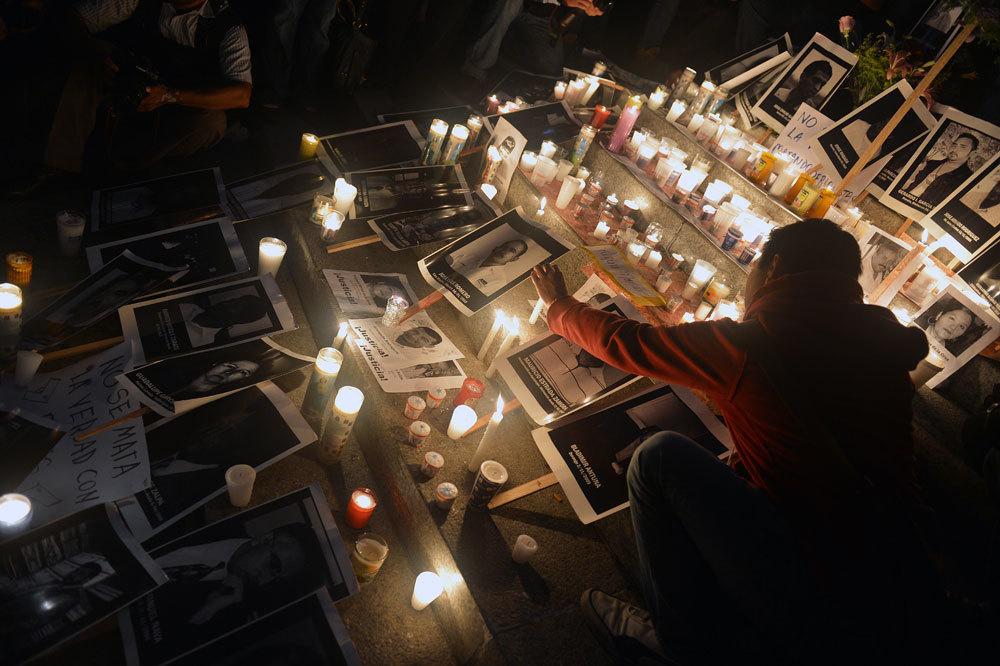 Una veglia a Città del Messico per ricordare i giornalisti uccisi, il 5 maggio 2012. - Yuri Cortez, Afp