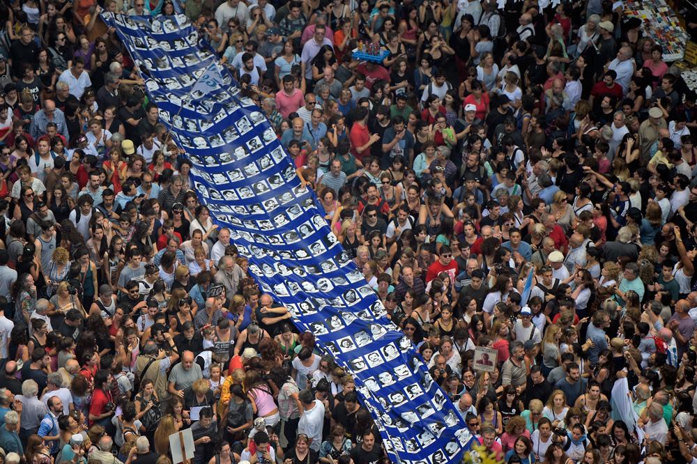 Una manifestazione a Buenos Aires per l'anniversario del colpo di stato in Argentina, il 24 marzo 2016. - Eitan Abramovich, Afp