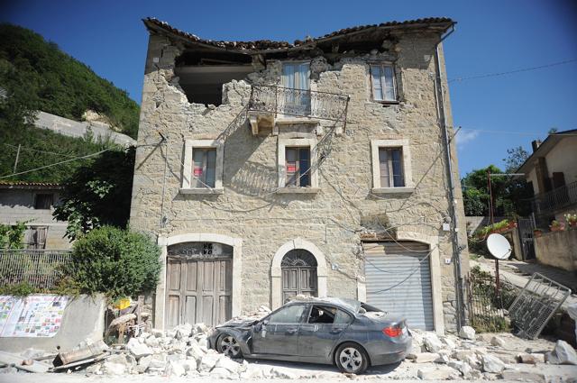 Una settimana dopo il terremoto nell'Italia centrale