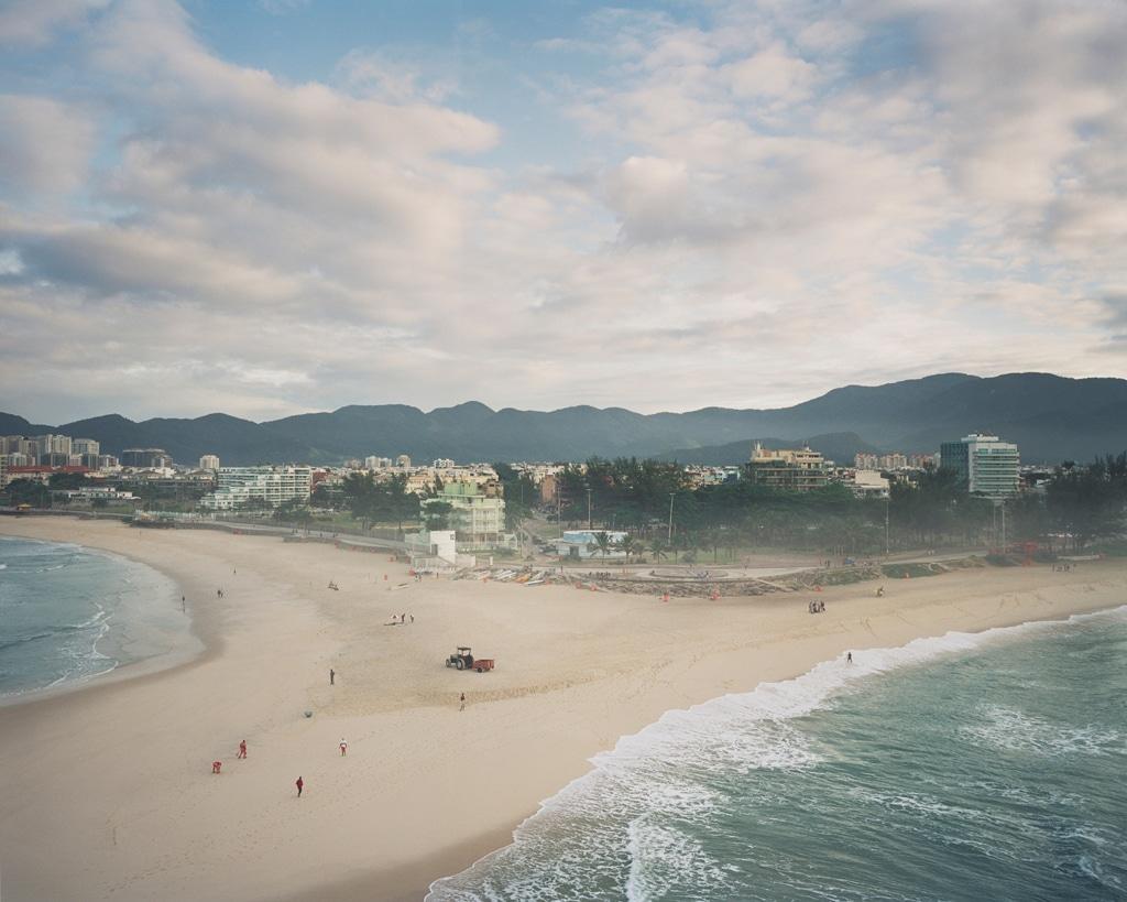 La spiaggia di Macumba a Rio de Janeiro, 2015. - Vincent Catala, Karma press photo/Vu