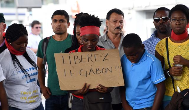 La Francia deve cambiare la sua politica africana
