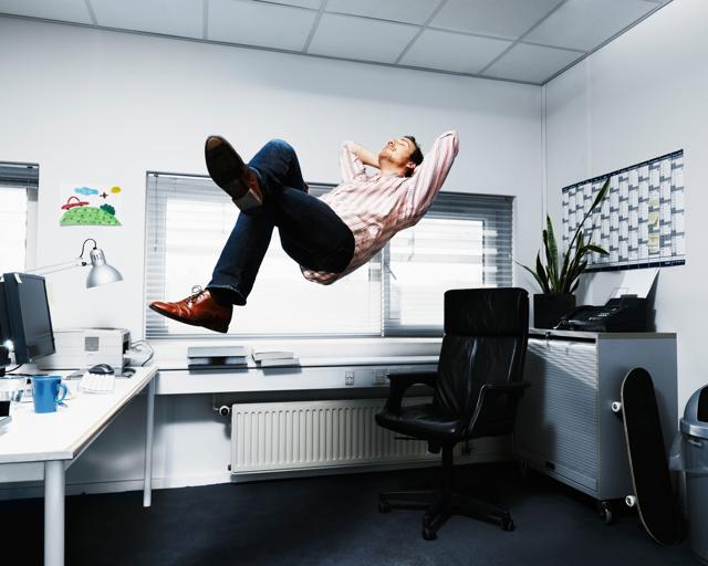 Fare una pausa a lavoro rende più felici e produttivi