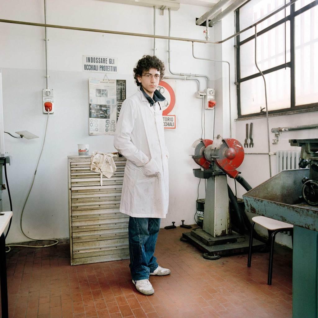Il laboratorio macchine dell'Istituto tecnico industriale J. C. Maxwell di Milano, marzo 2008. - Francesco Millefiori e Alessandro Imbriaco, Contrasto