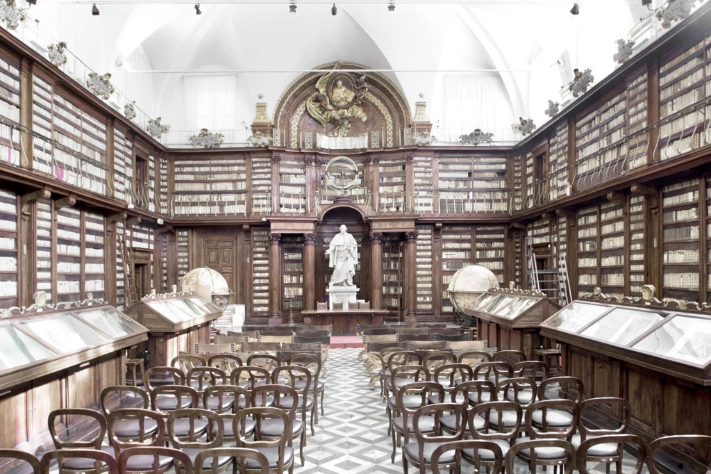 Piccola guida alle pi antiche e belle biblioteche di roma for Vecchie planimetrie della fattoria