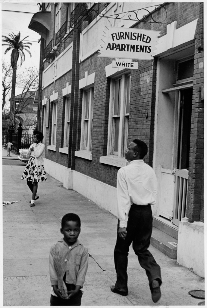 black and white discrimination essay Discrimination against minority groups is a critical issue in america today, yet only  17% of  in one study, white and black participants were asked to report  them  to write an essay about (a) conditions for minorities before the civil rights.