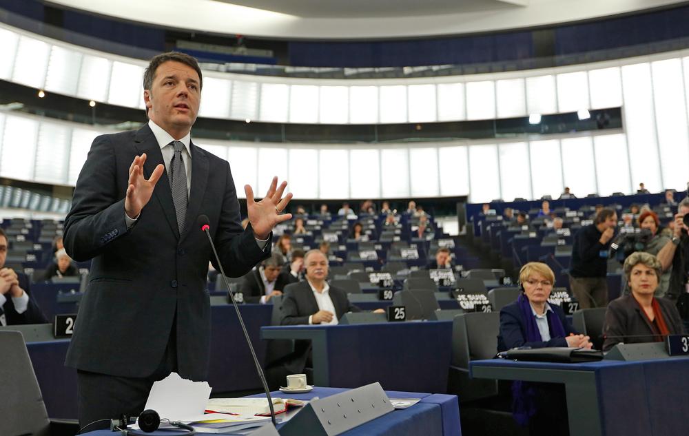 Le foto del giorno foto internazionale for Numero deputati parlamento italiano