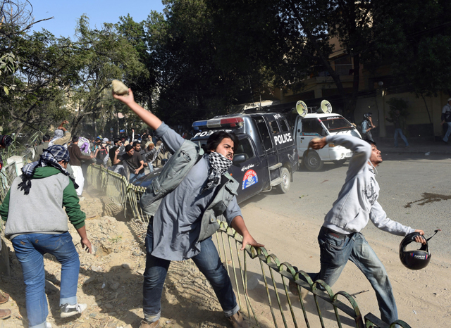 Gli scontri durante le proteste contro Charlie Hebdo in Pakistan