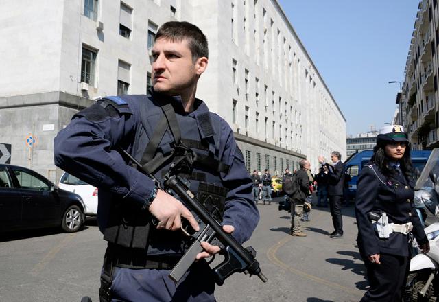 La versione della procura sulla sparatoria nel palazzo di giustizia