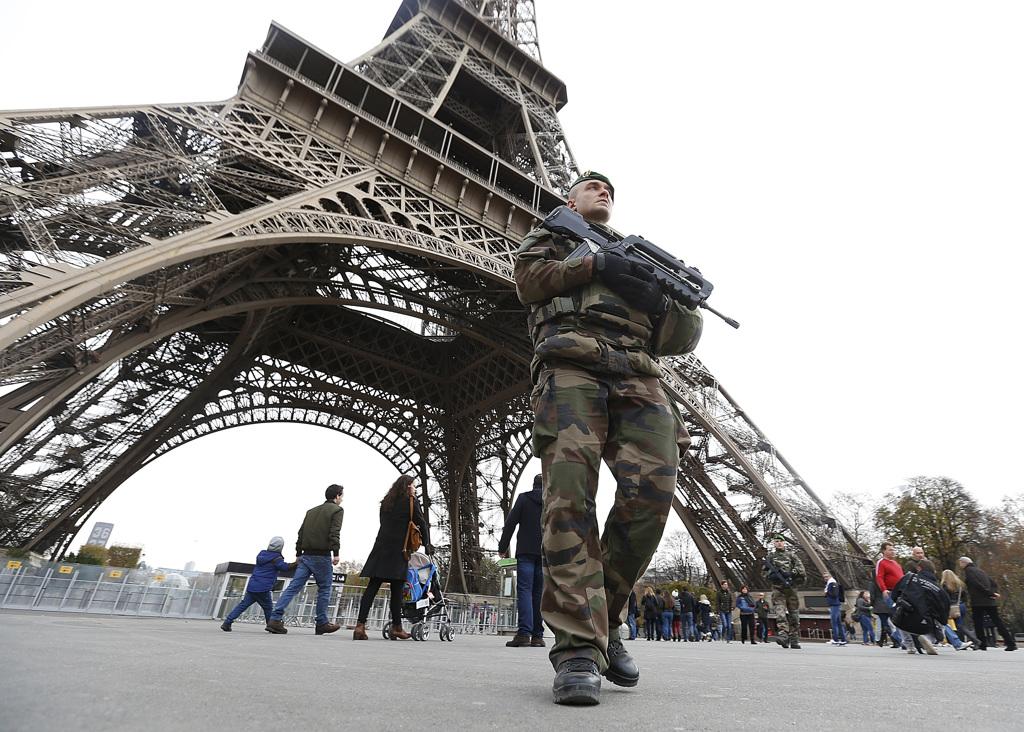 Cosa prevede lo stato d'emergenza dichiarato in Francia