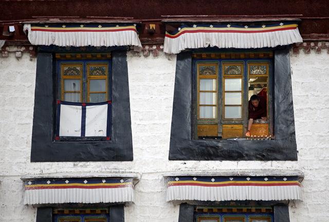 Calendario Tibetano.Lampade Di Burro In Tibet Internazionale