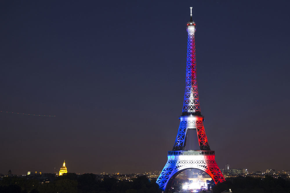 Cosa prevede la riforma sulla revoca della nazionalit in - Simboli di immagini della francia ...