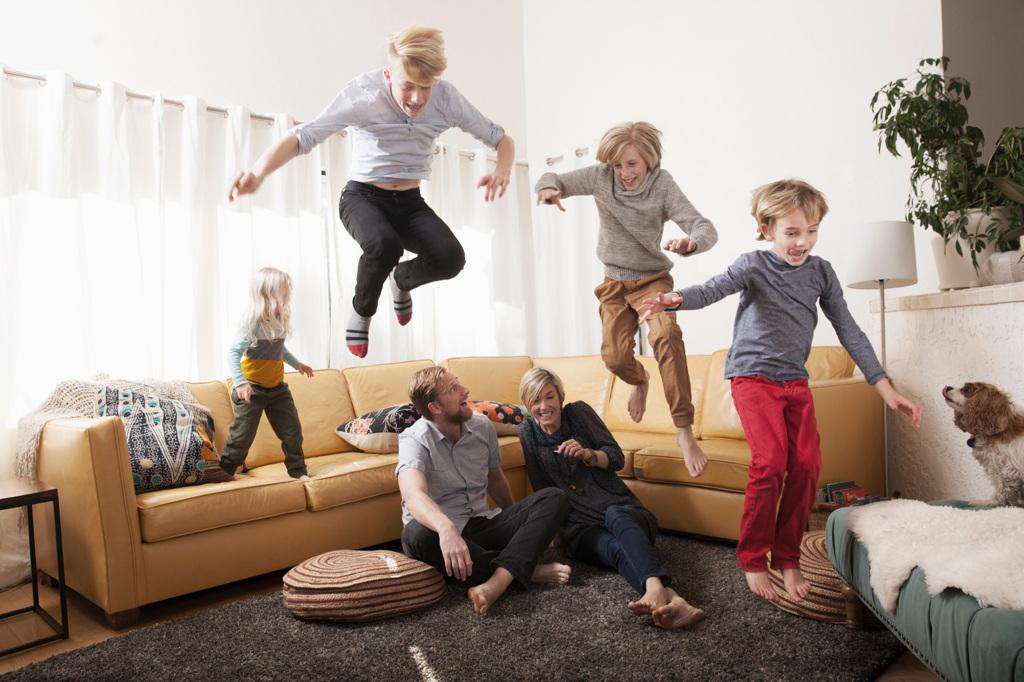Un buon welfare può rendere felici i genitori - Jenny Anderson