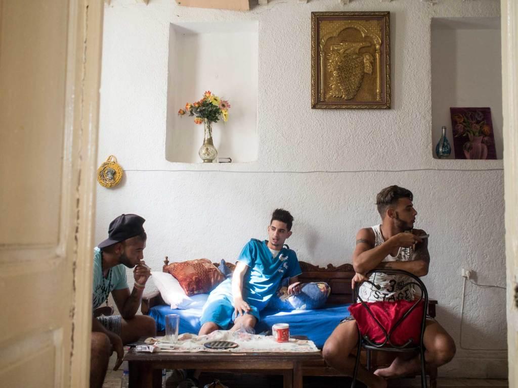 Ali, Ghaieth e Meher a Tunisi, il 5 settembre 2016. - Mauro Pagnano, Etiket Comunicazione