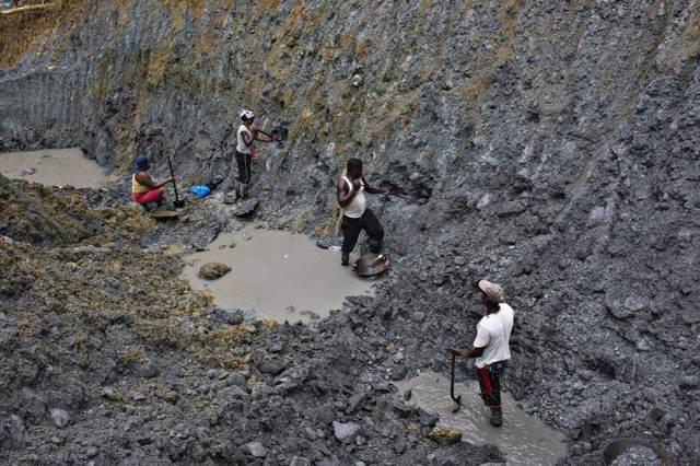 Risultati immagini per miniere di carbone in america latina