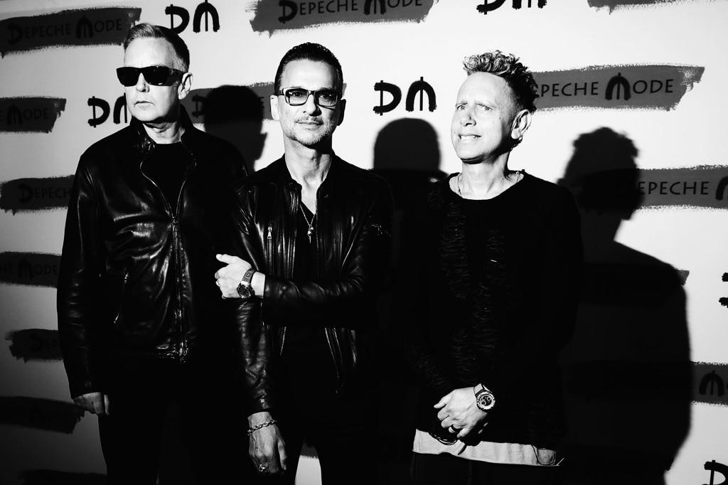 depeche mode la recensione di spirit giovanni ansaldo internazionale. Black Bedroom Furniture Sets. Home Design Ideas