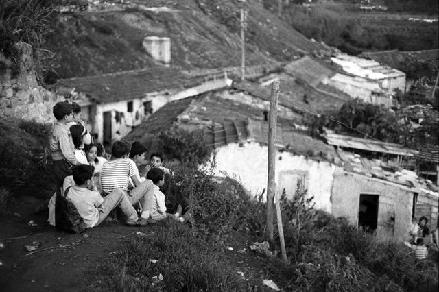 Risultati immagini per periferie di roma notte