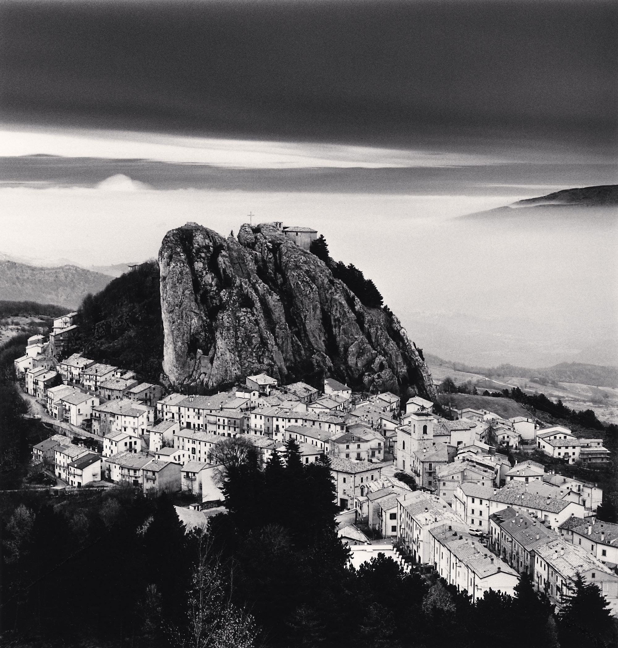Approaching clouds, Pizzoferrato (Chieti), Abruzzo, 2016. - (Michael Kenna)