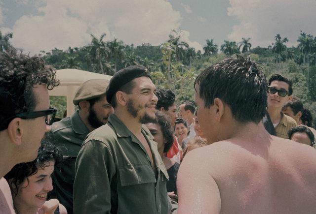 Cosa resta oggi del mito di Ernesto Guevara - Jon Lee Anderson ... bcb918afad8a