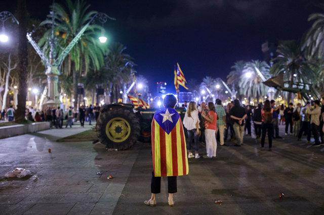Il falso referendum e la falsa indipendenza della Catalogna