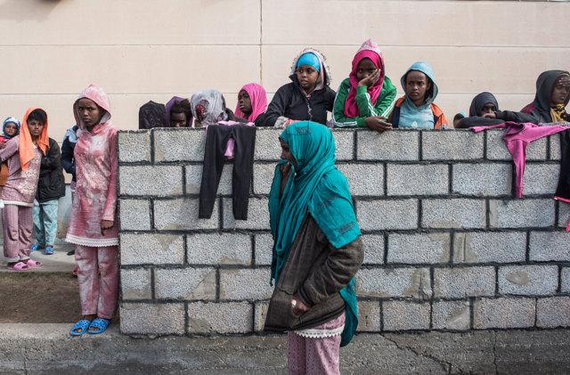 La lotta al traffico di migranti è solo un diversivo