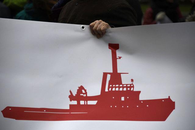 Durante una manifestazione in sostegno di Proactiva Open Arms a Madrid 51ad309eb6ff