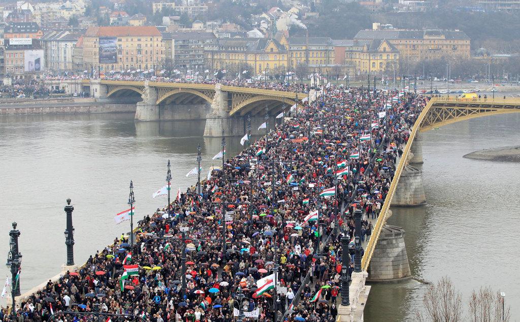 Ungheria: Orban verso la riconferma, ma sarà meno forte