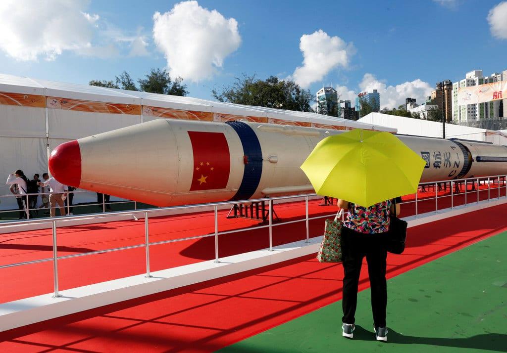 Auto, Cina fissa tabella di marcia per eliminare limiti quote straniere