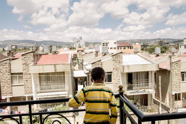 Lungo Il Corridoio In Inglese : Dall eritrea all italia grazie a un corridoio cécile debarge