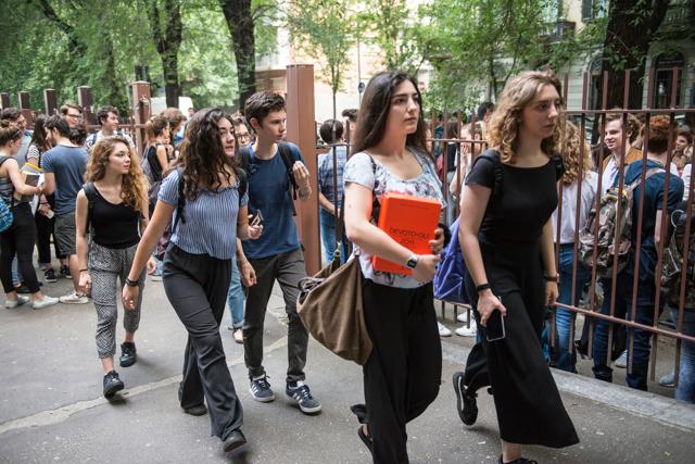 Sui problemi della scuola bisogna ascoltare le voci degli studenti