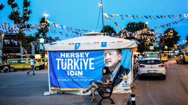 La Turchia va alle urne e si prepara alla crisi