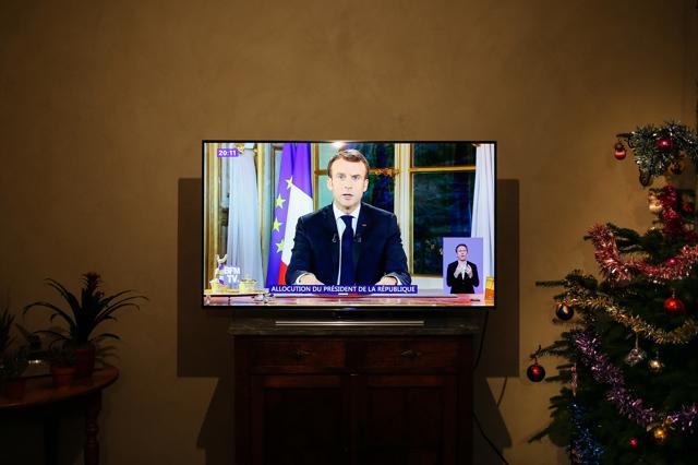 Emmanuel Macron è sempre più solo in Europa