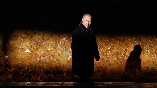 Trump avvera i sogni di Vladimir Putin