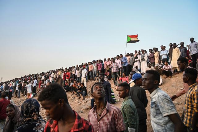 Per la rivoluzione sudanese si apre una stagione difficile