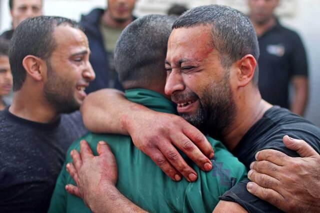 Perché Israele continua a bombardare Gaza?