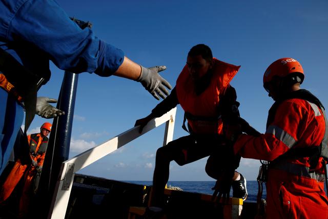 La presenza delle ong in mare non incentiva le partenze di migranti