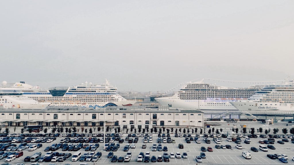 Il parcheggio del porto, Venezia, novembre 2019. - Alessandro Calvi