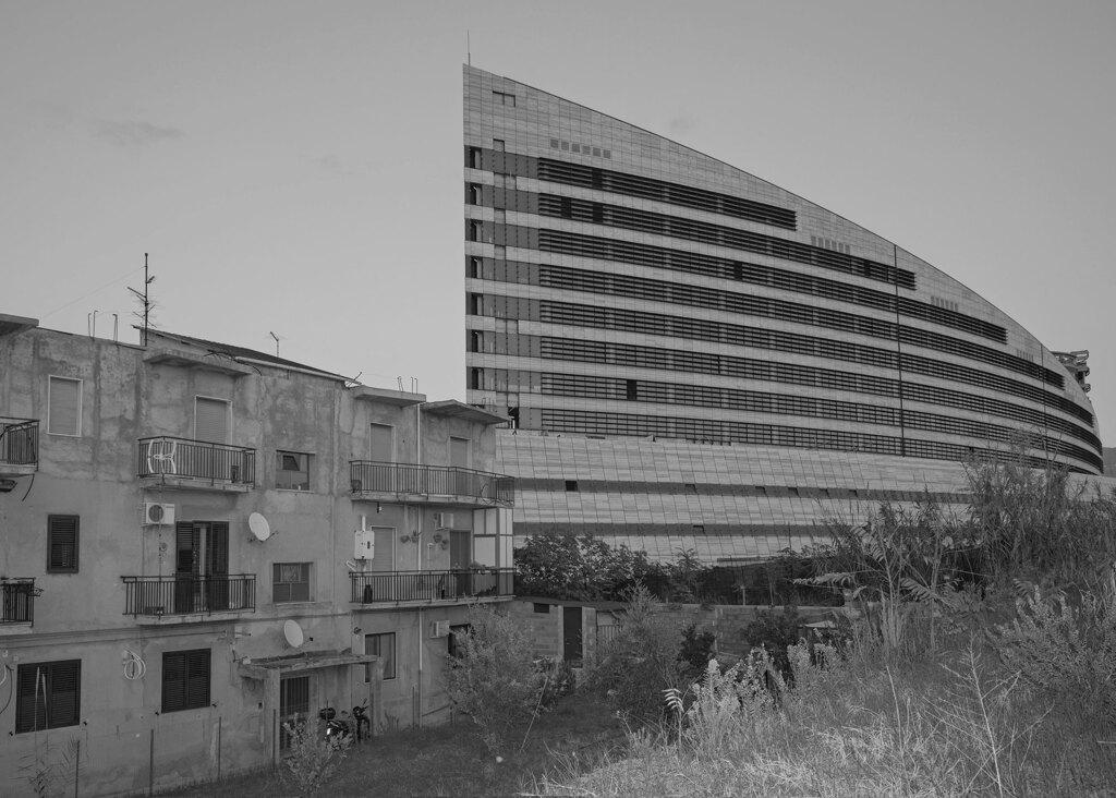 Il palazzo di giustizia in costruzione, Reggio Calabria, dicembre 2019. - Giovanni Pulice, Contrasto
