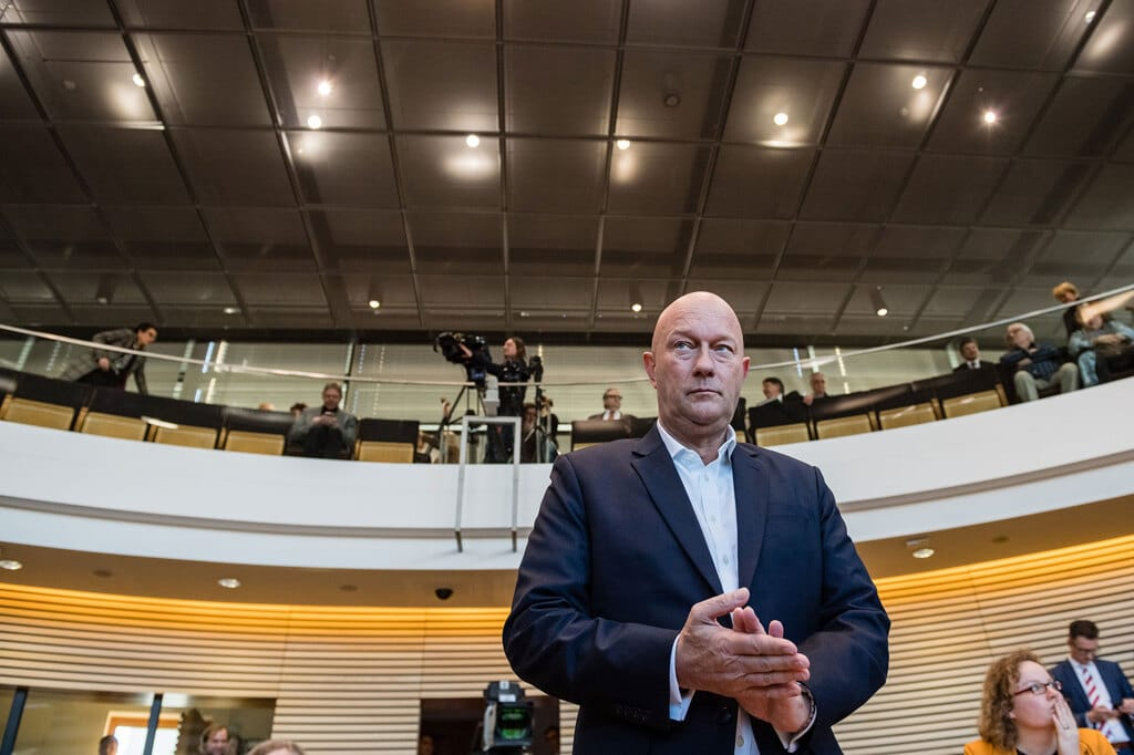 Germania, l'erede della Merkel Annegret Kramp-Karrenbauer rinuncia a elezioni