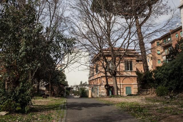 Roma perde la casa per le donne Lucha y siesta