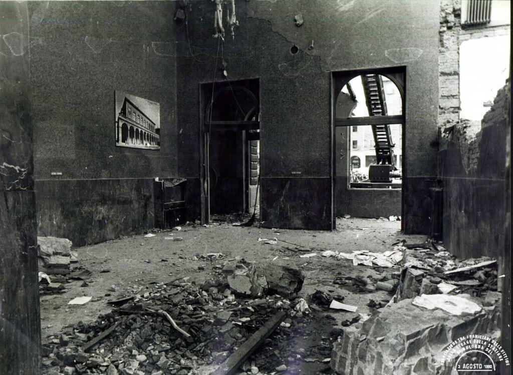 La sala d'attesa della prima classe, 2 agosto 1980. - Associazione 2 agosto 1980