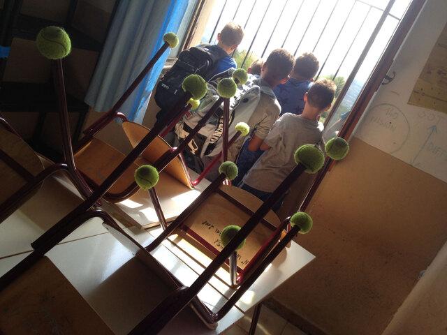 La scelta dei banchi rivela un'idea di scuola e di società