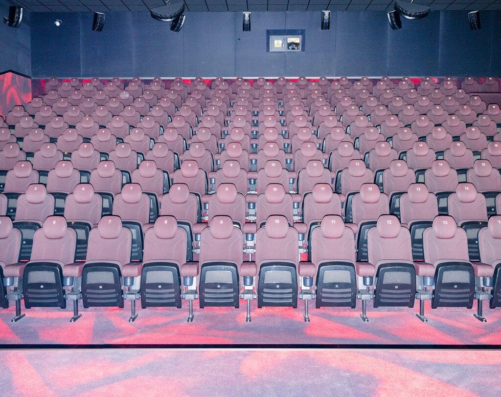 Il pi grande cinema di Varsavia Polonia aprile 2020 - Rafal Milach MagnumContrasto
