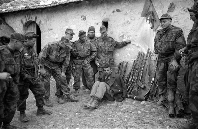 Un rapporto per superare il conflitto storico tra Francia e in Algeria